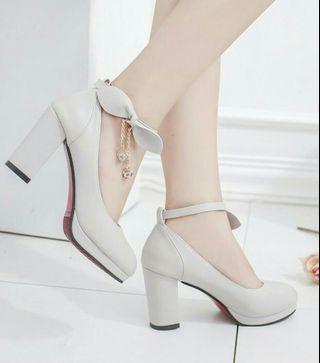 ♥米白色高跟鞋♥