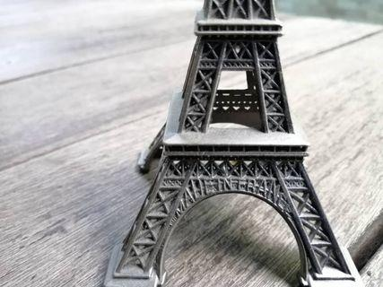 eiffel tower replica made in france