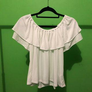 UNIQLO white off shoulder top