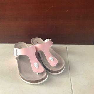 New* Like Birkenstock pink sandals