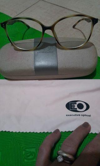 For sale EO eye glass  animal print.with 75right and 50 left price is negotiable.