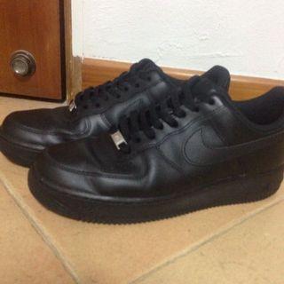 🚚 Black Nike Air Force One