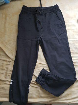 erigo classic black jogger pants