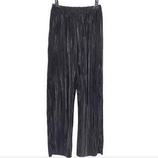 Black Pleated Pants