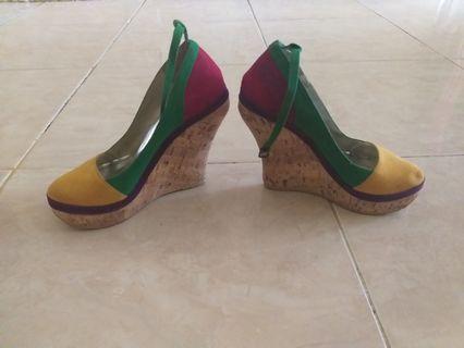 Sepatu wedges heels tinggi