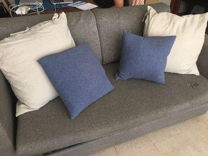 4x pillows for your sofa