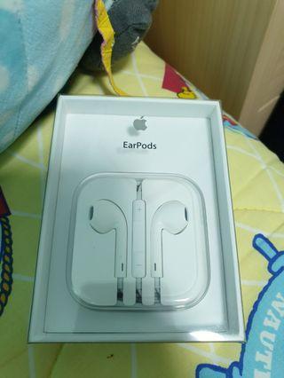 Apple Earpods BNIB