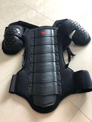 Body amour for long trip protection without jacket