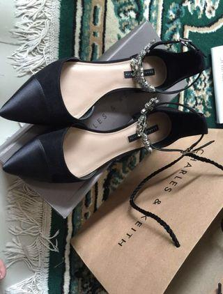 Flats shoes Charles&keith