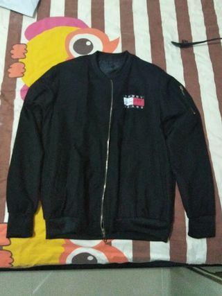 🚚 Tommy jeans jacket