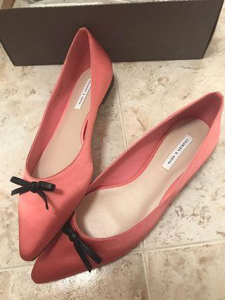 Charles and Keith pink flat