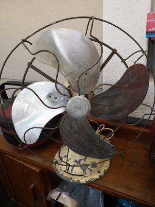 Limit antique fan