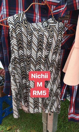 Nichii top
