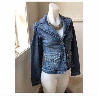 Size 6: Blue Denim Jacket
