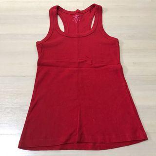 🚚 Red sleeveless Top
