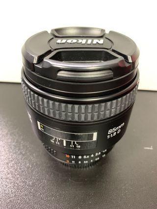 🚚 Nikon 85mm F1.8D