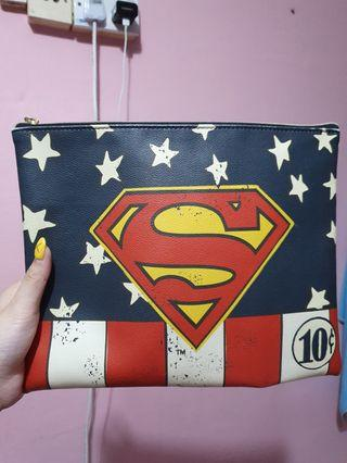 🚚 Superman pouch