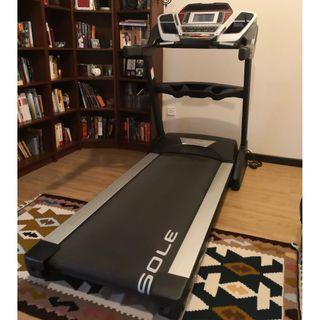 Professional Treadmill - Sole F80
