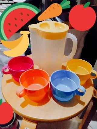 900ml 量杯膠水樽 連4個彩色膠杯