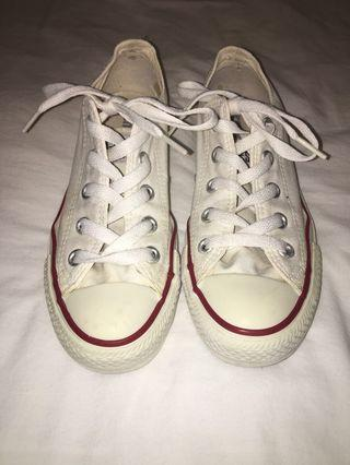 Converse White Low Top Woman's 5.5 Men's 3.5