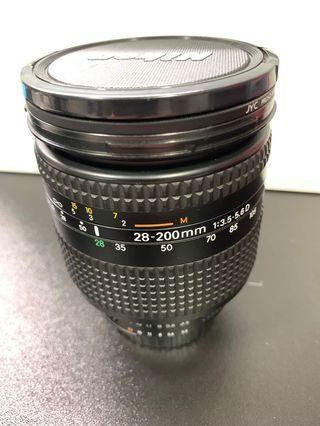 Nikon 28-200 F3.5-5.6D