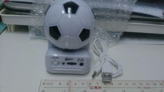 足球speaker, 可乾電及USB (全新)