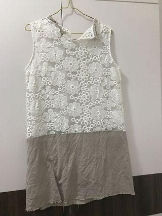 🚚 White flowery casual dress