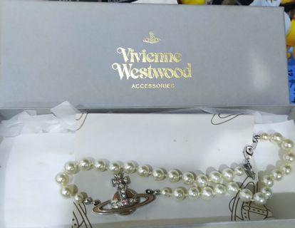 Vivienne Westeood 經典款珍珠頸鍊