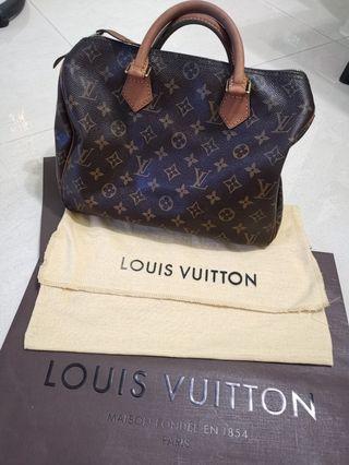 🚚 Louis Vuitton Speedy 30
