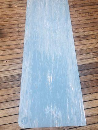 Lululemon Thick Yoga Mat