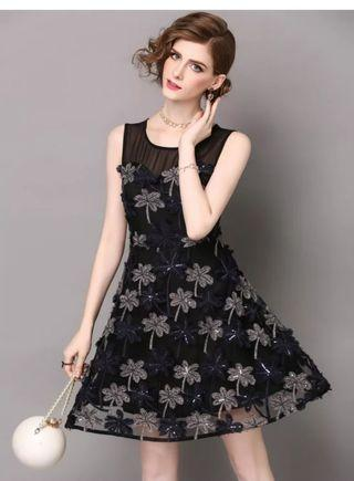 Black pattern party dress