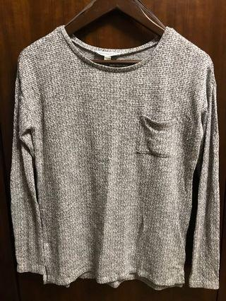 American Eagle Outfitters grey top