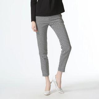 White pattern pants