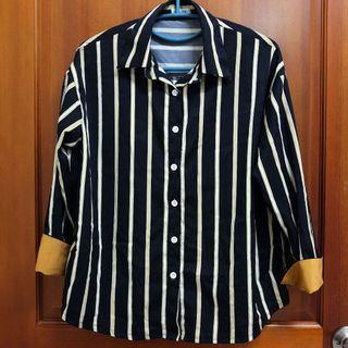 🚚 直線條 黑色袖口反摺襯衫