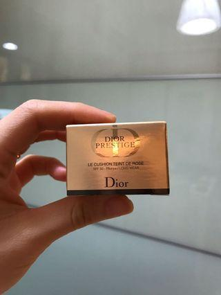 Dior prestige foundation cushion 020