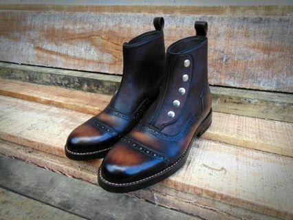 Prof Barnets captoe dress boots