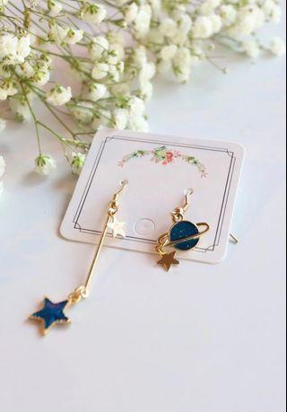 🚚 Sun and moon earring (blue and pink)