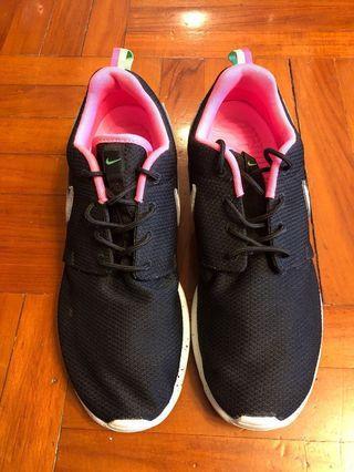 Nike Roshe Run x Size? Urban Safari Pack