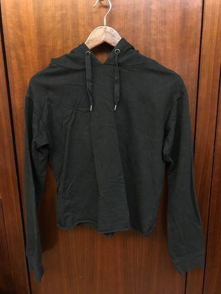 購自澳洲 crop hoodie 黑白連帽上衣