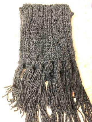 🚚 NET深灰色圍巾🧣