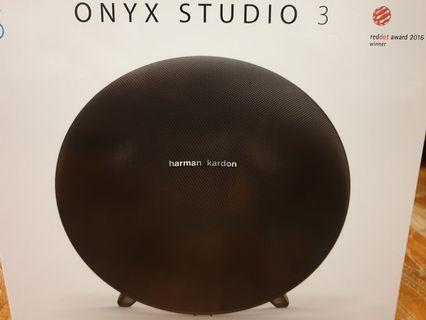 🚚 Harman Kardon Onyx Studio 3