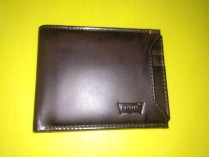 Authentic Levi's 2 in 1 Brown Leather Wallet