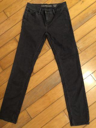 Calvin Klein Jeans (Mid Rise Skinny Ankle) W27 L27