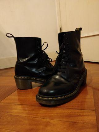 dr martens mid heels black ankle boots 真品