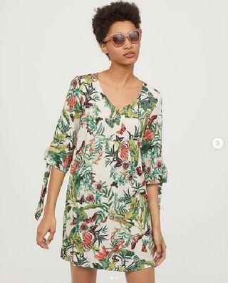 H&M tie sleeved dress -White/floral