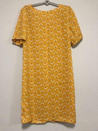 🚚 Floral Mustard Shift Dress