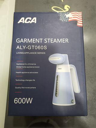 🚚 MOVING SALE - Brand new ACA Garment Steamer