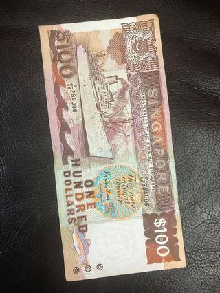 🚚 $100 Singapore Dollar (30 years old note)