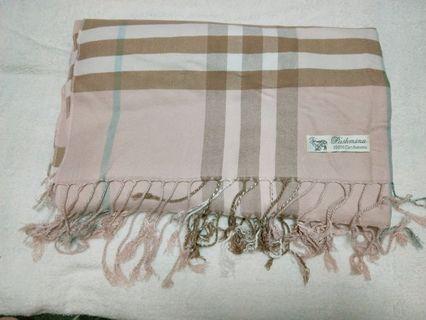 🚚 喀什米爾 淡雅玫瑰粉圍巾