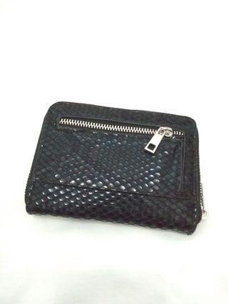 Dompet wanita merk BERSHKA original